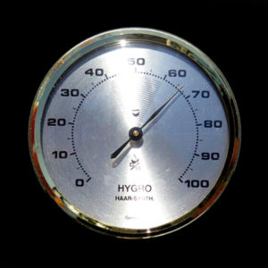 H112_HYGROMETER_FOR_MEASURING_HUMIDITY_OF_AIR